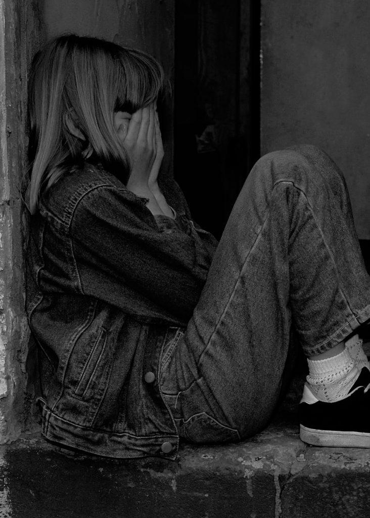 girl child crying
